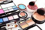 Up to 56% Off Beauty Sale (Elizabeth Arden, Benefit, Peter Thomas Roth & More) + Free Shipping