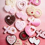 Williams-Sonoma: Post-Valentine's Day Sale: items from $2 + Free Shipping